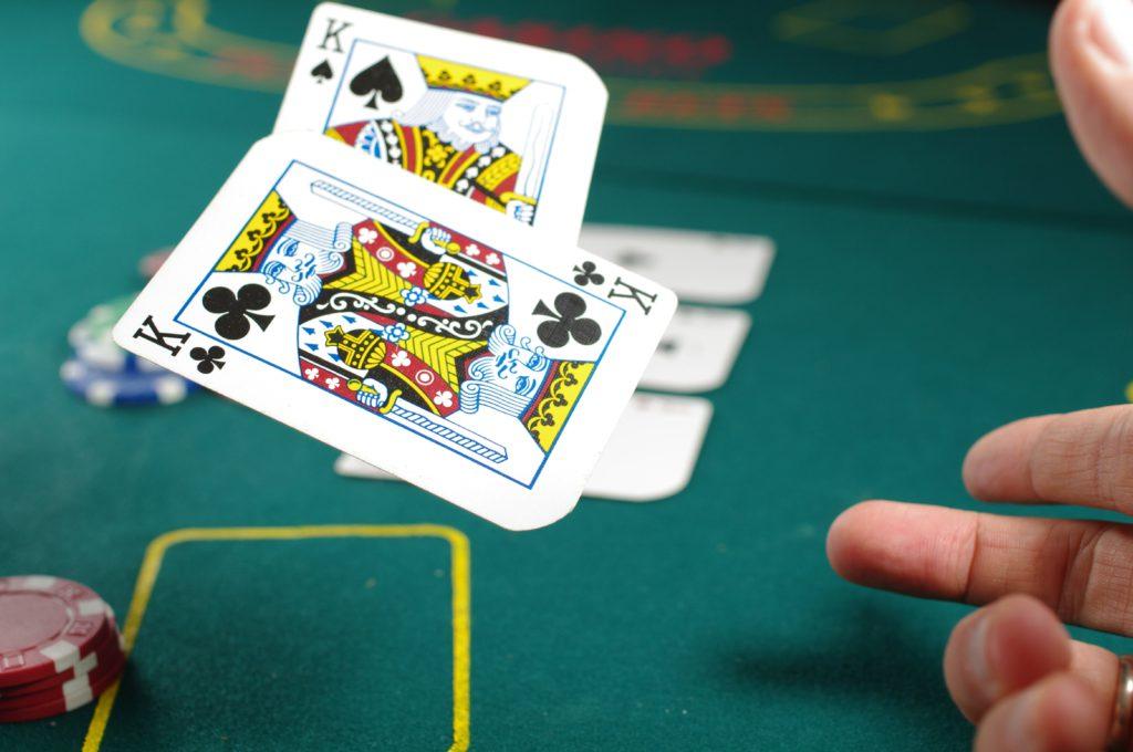 Si no analizás el negocio, tenes las mismas chances de éxito que un jugador de póker apostando sin mirar las cartas 1